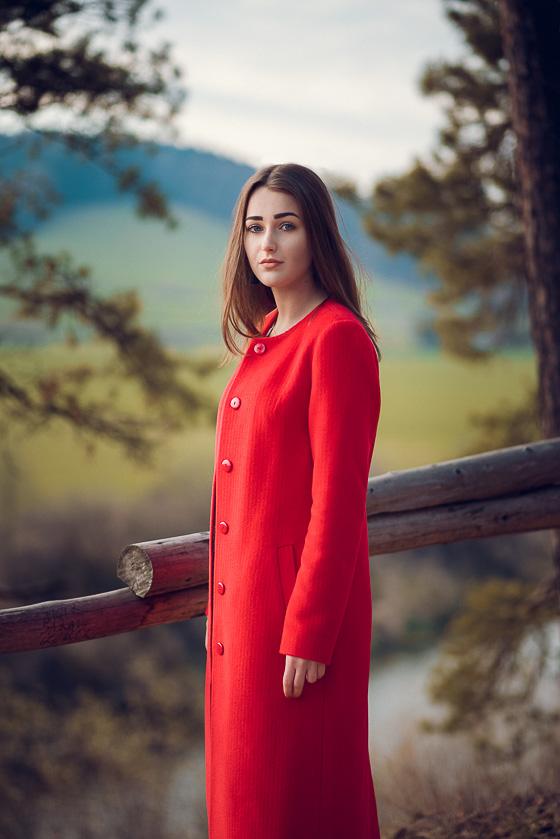 the edge of the autumn fashion photoshoot